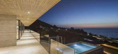 Felipe-Assadi-Arquitectos-Swimming-pool-House
