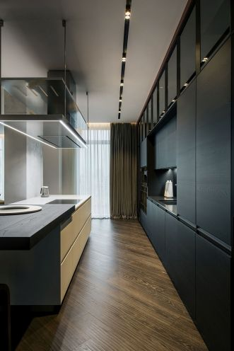 Black-kitchen-Kiev-Diamond-Hill-Apartment