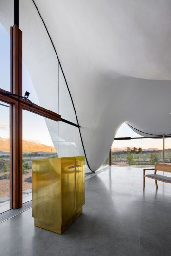 Interior-design-of-South-African-studio-TV3-Architects-Chapel
