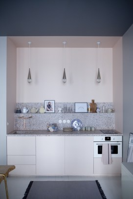 Light-pink-one-wall-kitchen