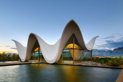 South-African-studio-TV3-Architects-Chapel