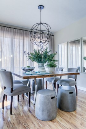 masculine-dining-room-with-color