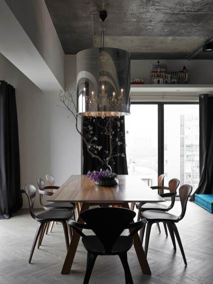 metallic-lighting-in-dining-table