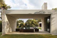 El-Bosque-House-in-Spain-by-Ramon-Esteve-Pool-patio