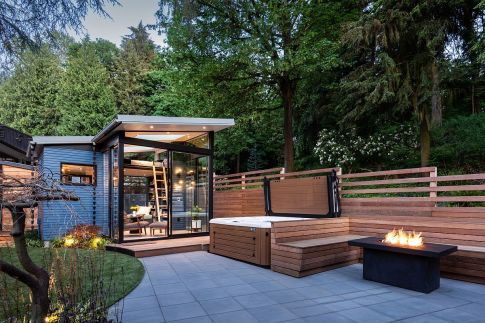 Modern-Backyard-Reading-Retreat