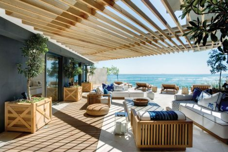 Modern-outdoor-lounge-area-Atlantic-Ocean-Clifton-ARRCC-Design