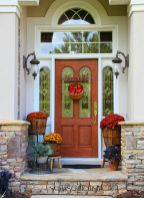 Apples-front-door-wreath-decor