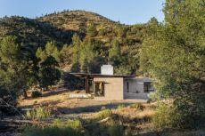 Desert-Beautiful-family-retreat-by-Olson-Kundig