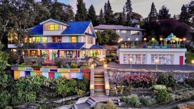 Photo of Folyóparti szivárvány ház Oregonban 1,45 millió dollárért eladó