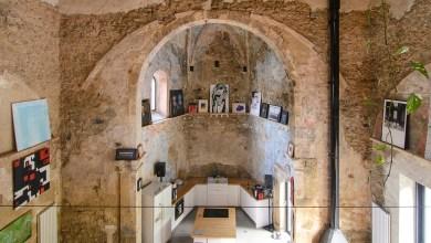 Photo of Templomból lett művészi otthon