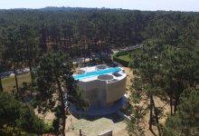 Photo of Casa Trevo: Monolit nyugdíjas rezidencia, tetőtéri medencével