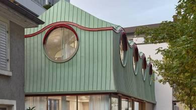 Photo of Modern, mesébe illő szerkezettel bővítették a svájci egyházépületet