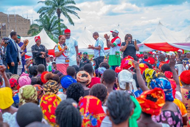 Anambra 2021: Supersonic Energy as PDP's Valentine Ozigbo Restarts LG Campaign Tour