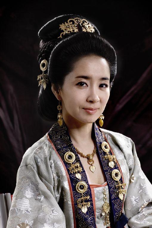 Nonton Queen Seon Deok : nonton, queen, Queen, Poster, Photos, KPculture