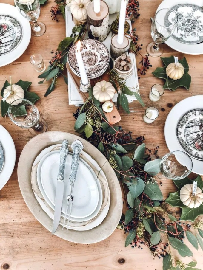 timeless-rustic-thanksgiving-tablescape