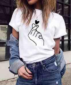 T-Shirt Style™ BTS blanc porté fille