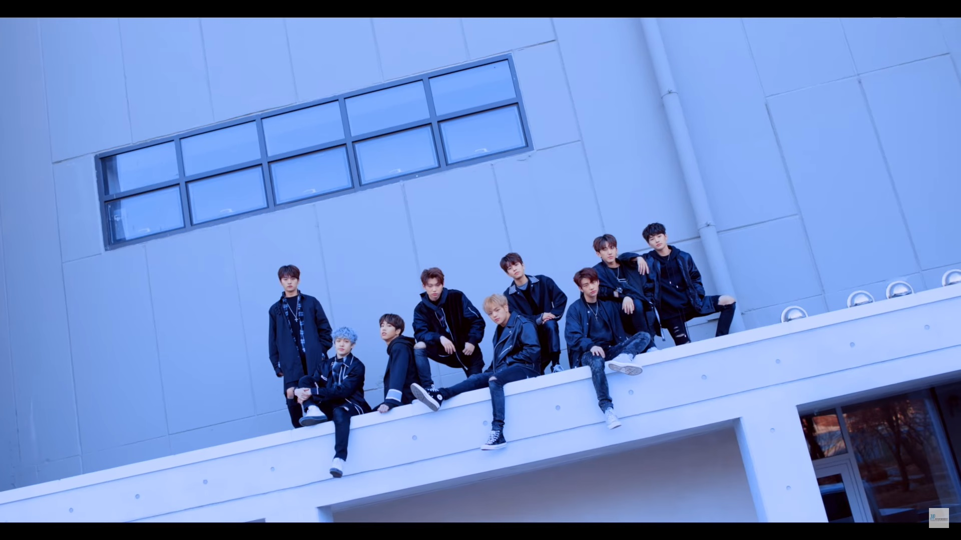 Stray Kids Ungkap Teaser Untuk Video Performance 'Young Wings'
