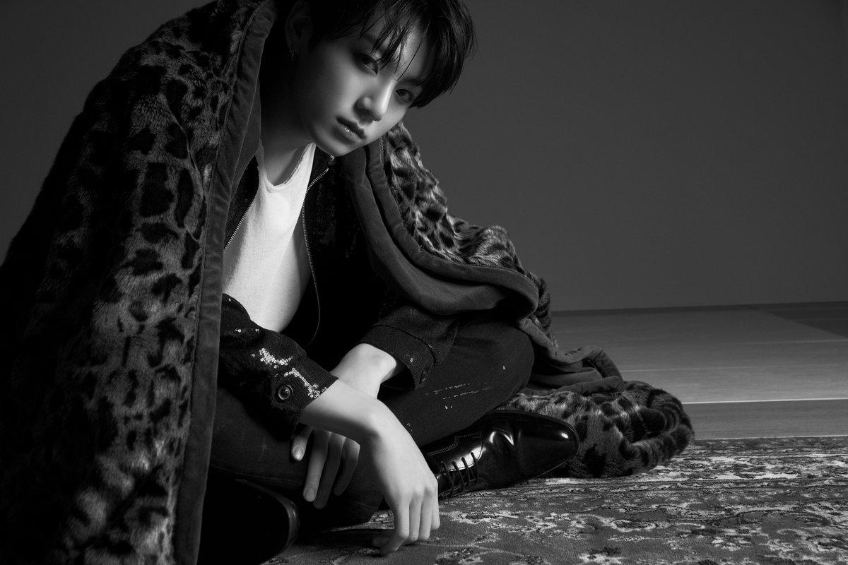 جونغكوك من BTS يُلمح لإصدار الميكستاب الخاص به!