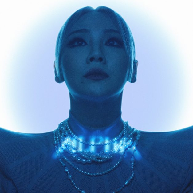 CL- ALPHA (Live Performance) MV