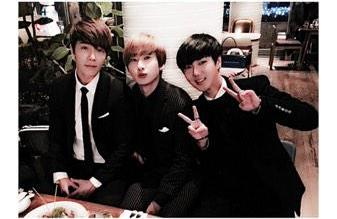 Donghae, Eunhyuk, and Yesung at the wedding