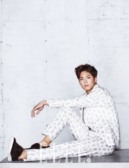 Korean kdrama actor Park Bo gum's hairstyles haircuts for men guys kpopstuff