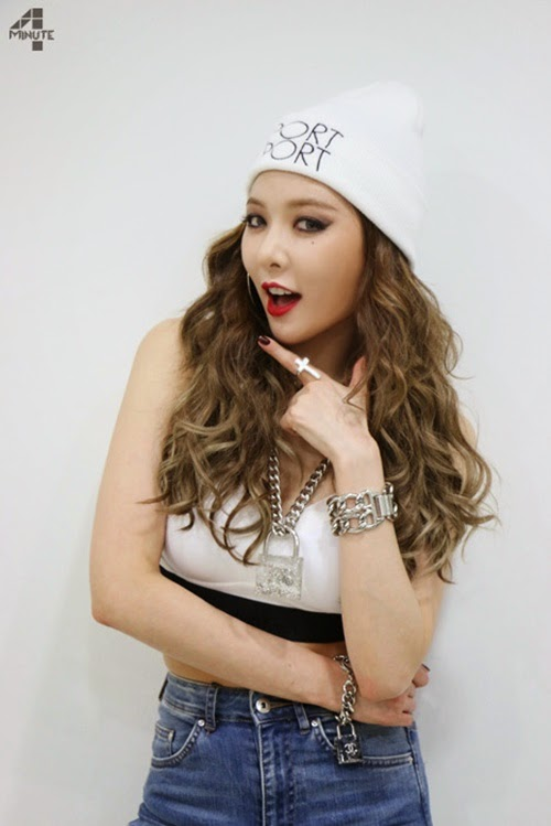 kpop korean idol group 4minute hyuna hairstyle crazy curls hairstyles for girls kpopstuff