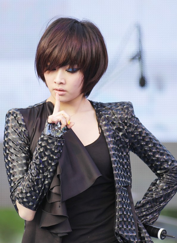 korean girl group kpop nicole kara short pixie cut haircut hairstyles for girls women kpopstuff
