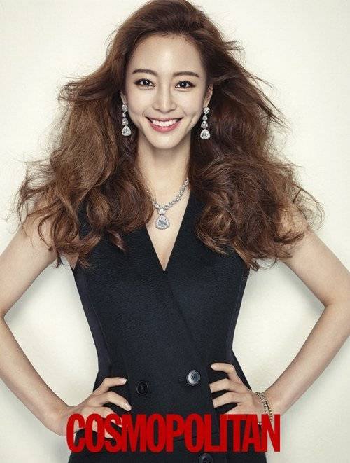 korean kdrama actress kmovie han ye seul curly wavy permed hair hairstyles for girls women kpopstuff