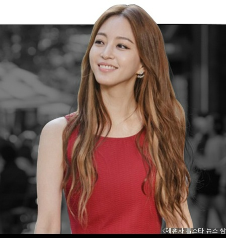 korea korean drama kdrama birth of a beauty movie actress han ye seul long wavy hair extensions highlights boho hippie hairstyles for girls kpopstuff