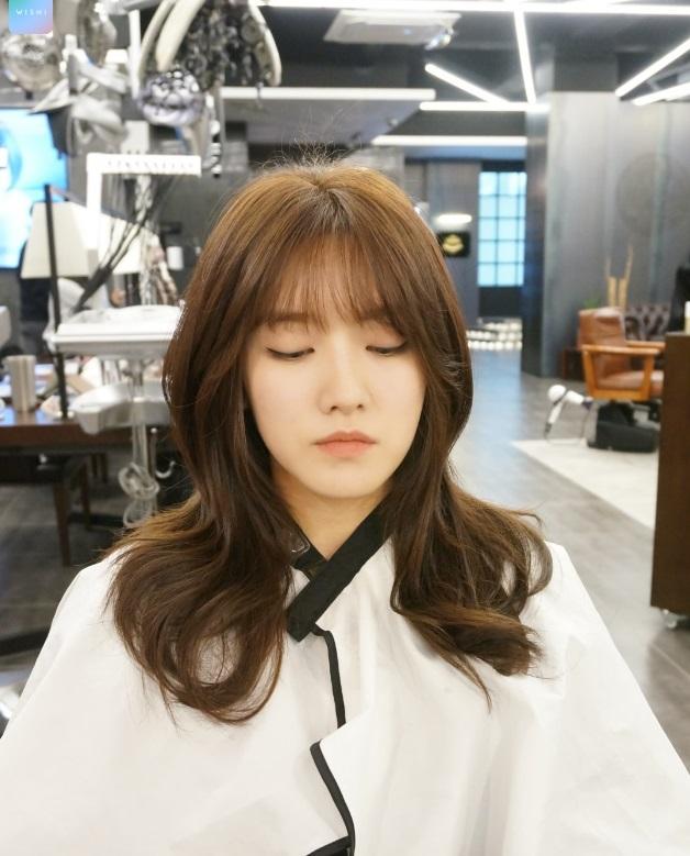 Hairstyle Girl Korea: Korea Korean Girls Women Kpop Idol Kdrama Layered Wavy