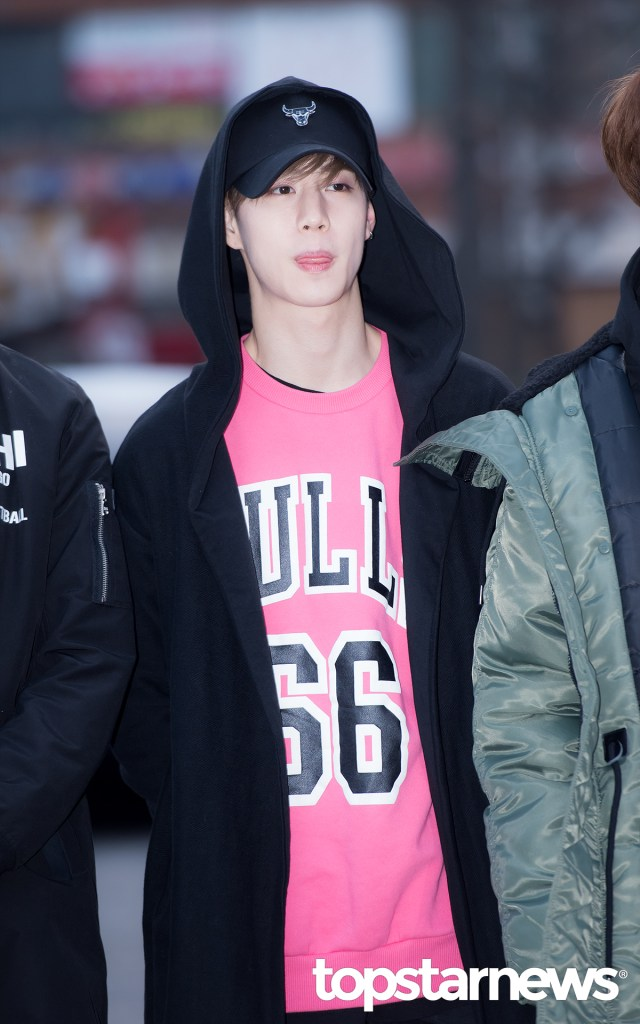 Got7 Mark S Airport Fashion Kpop Korean Hair And Style