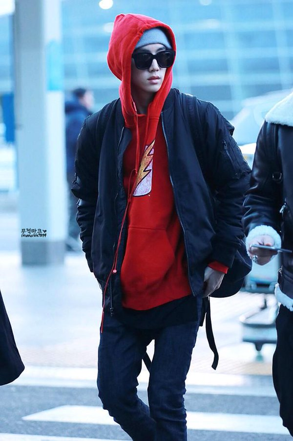 korea korean kpop idol boy band group got7 GOT7 Mark's airport fashion for guys kpopstuff