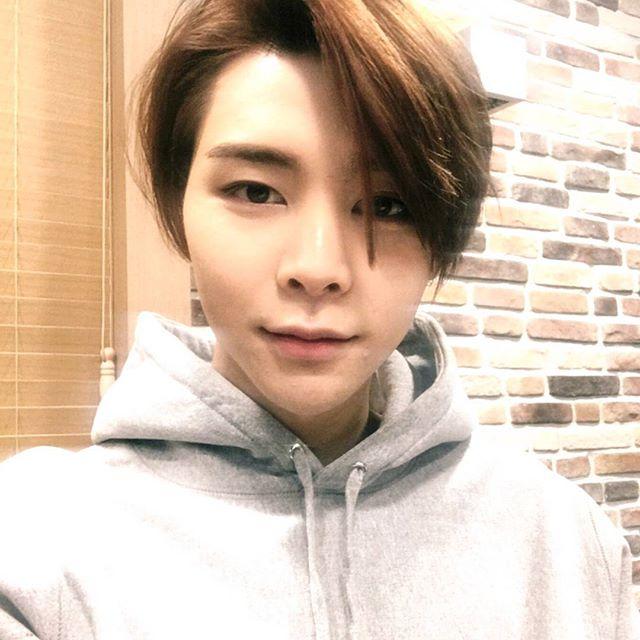 korea korean kpop idol boy band group nct 127 johnny limitless mv long bob hair hairstyles for ...