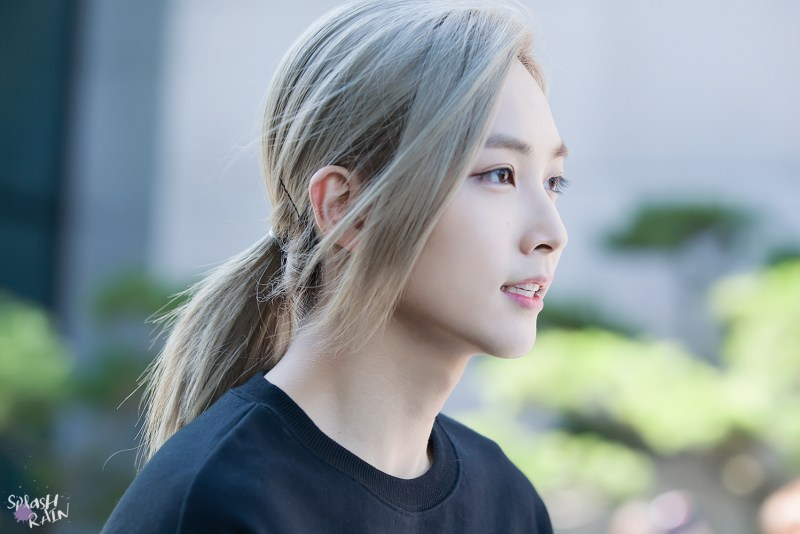 korea korean kpop idol boy band group seventeen jeonghan's envied hair long hairstyles for guys kpopstuff