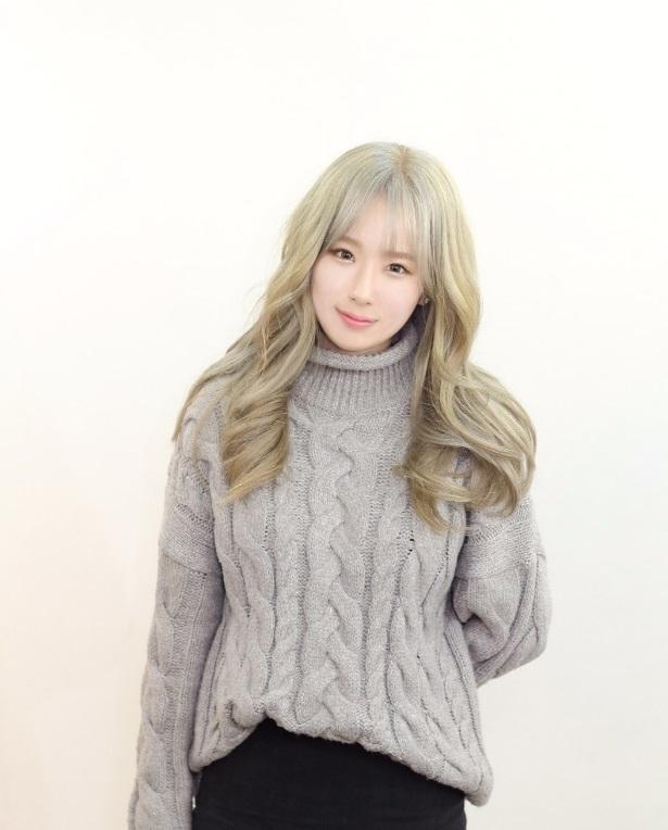 korea korean kpop idol girl group band how to kpopstar blonde gray ash hair color wavy female kpopstar hairstyle hairstyles for girls kpopstuff