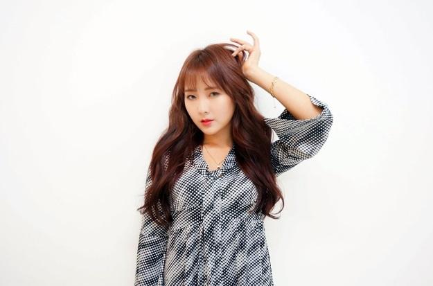 korea korean kpop idols actresses celebrities trending winter pink brown hair color dye hairstyles for girls kpopstuff