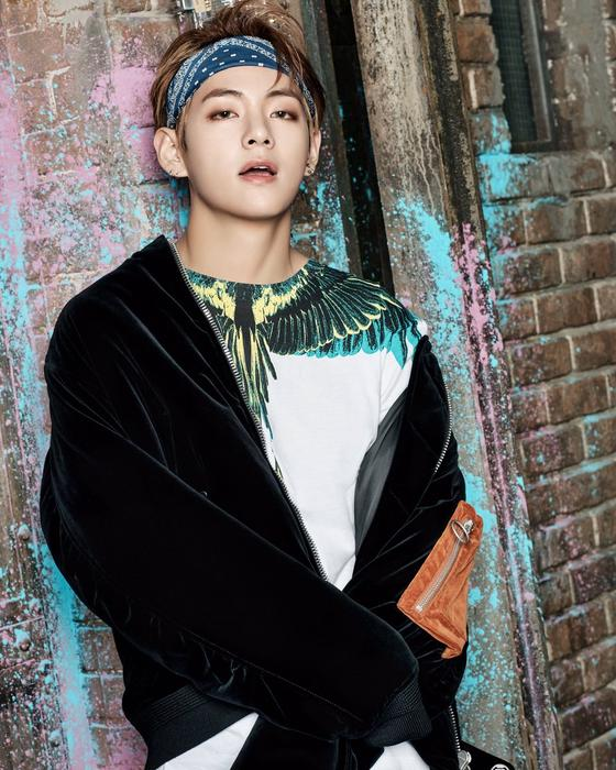 korea korean kpop idol boy band group BTS' new hairstyles you never walk alone hairstyle v taehyung bandana fashion hairstyles for guys kpopstuff