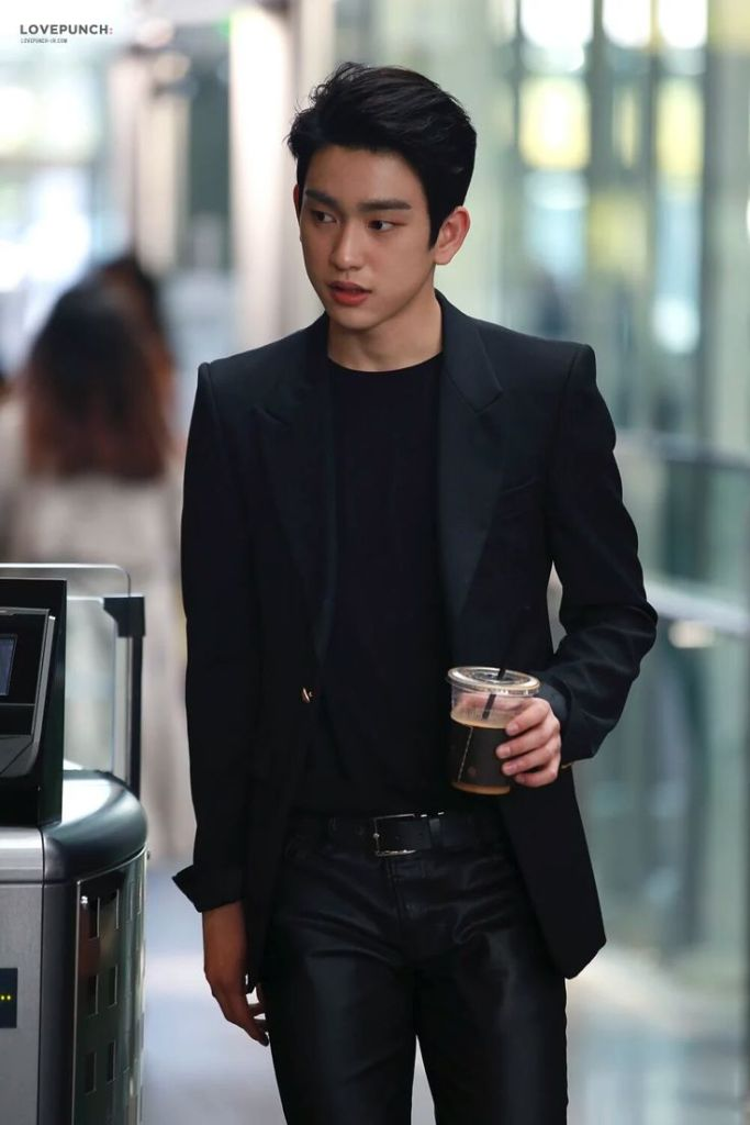 Got7 Jr Jinyoung 39 S Airport Fashion Kpop Korean Hair