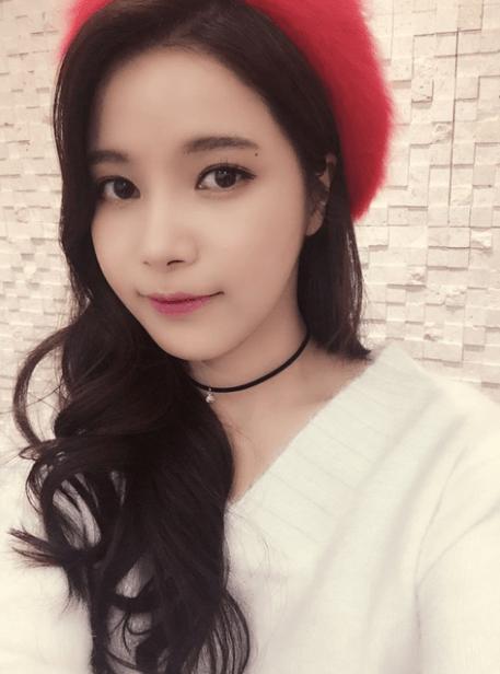 MAMAMOO SOLARS GODDESS WAVES Kpop Korean Hair And Style