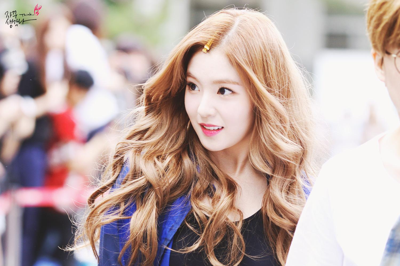 red velvet irene's wavy hair - kpop korean hair and style
