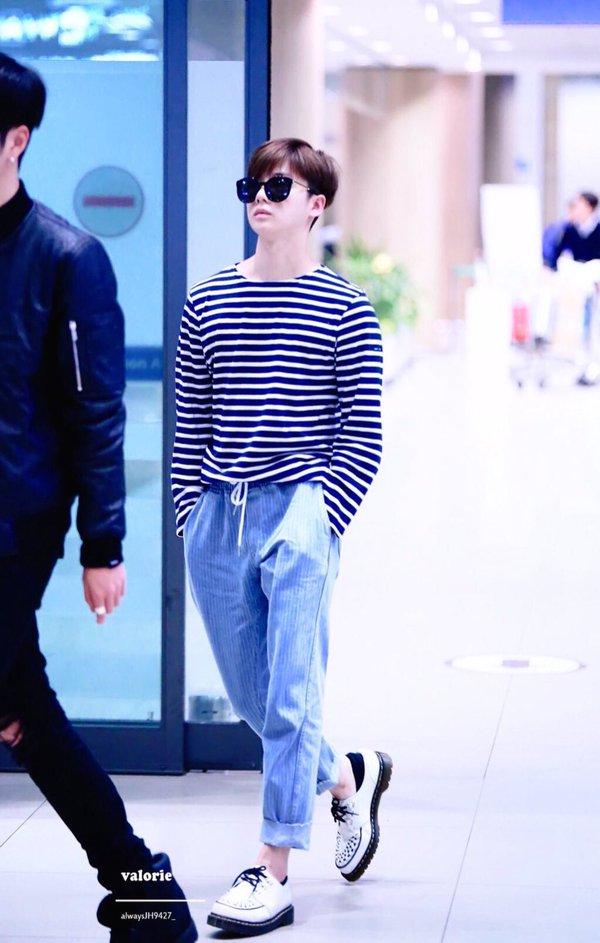 korea korean kpop idol boy band group ikon fashion favorites jinhwan white loafers striped sailor airport look outfits for guys kpopstuff