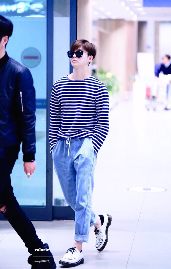 korea korean kpop idol boy band group ikon fashion favorites jinhwan white loafers striped sailor airport look outfits for guys kpopstuff