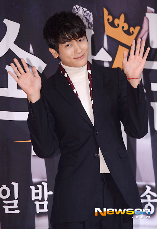 korea korean kpop idol boy band group zea kdrama the heirs actor park hyung sik's best hair looks press conference hairstyles for guys kpopstuff