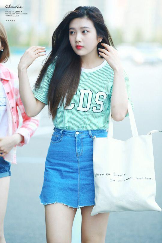 korea korean kpop idol girl band group red velvet's skirt fashion looks joy ripped demin skirt looks outfits for girls kpopstuff