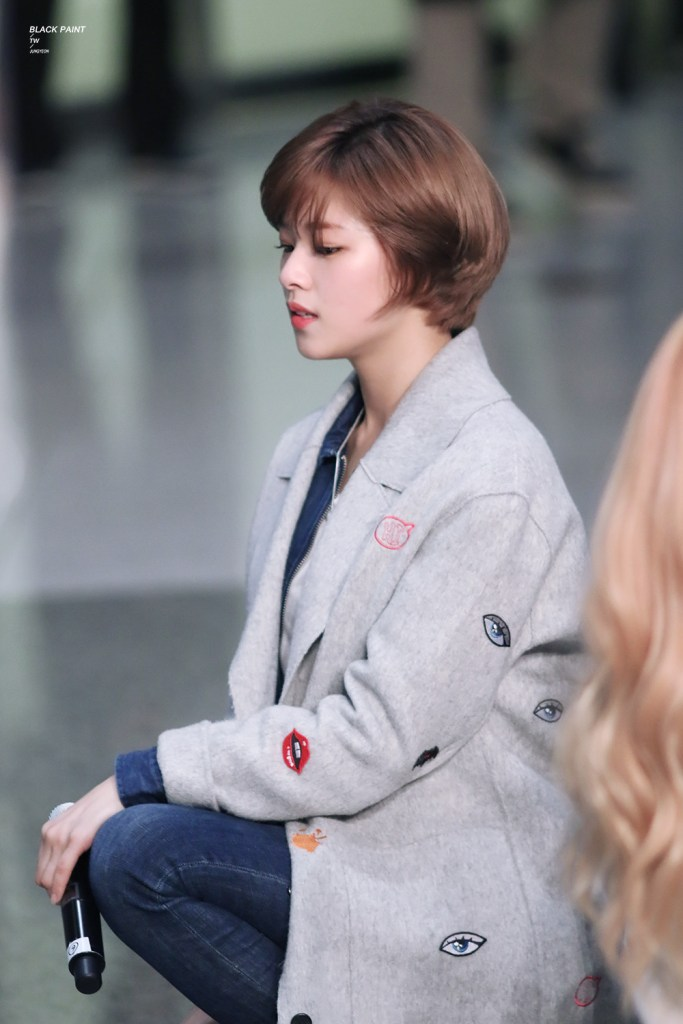 Twice Jungyeon S Short Pixie Cut Kpop Korean Hair And Style