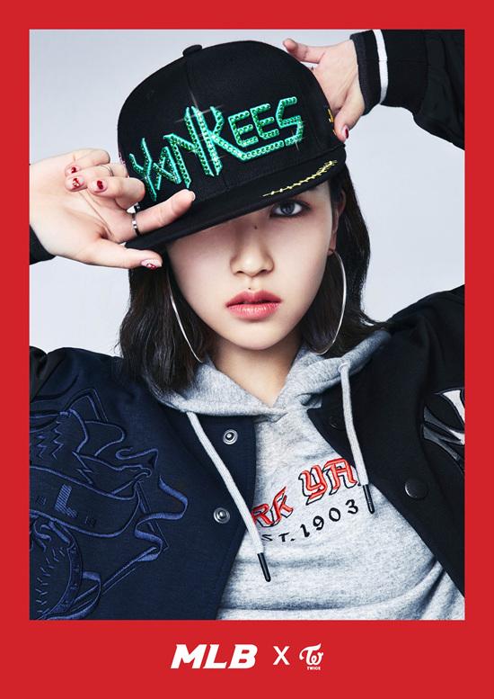 korea korean kpop idol girl group band twice's sporty looks mina black yankees mlb baseball cap hip hop streetwear casual outfit style for girls kpopstuff