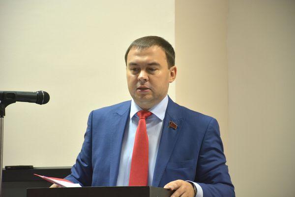 Юрий Афонин провел видеоконференцию с партийными организациями Северо-Западного федерального округа
