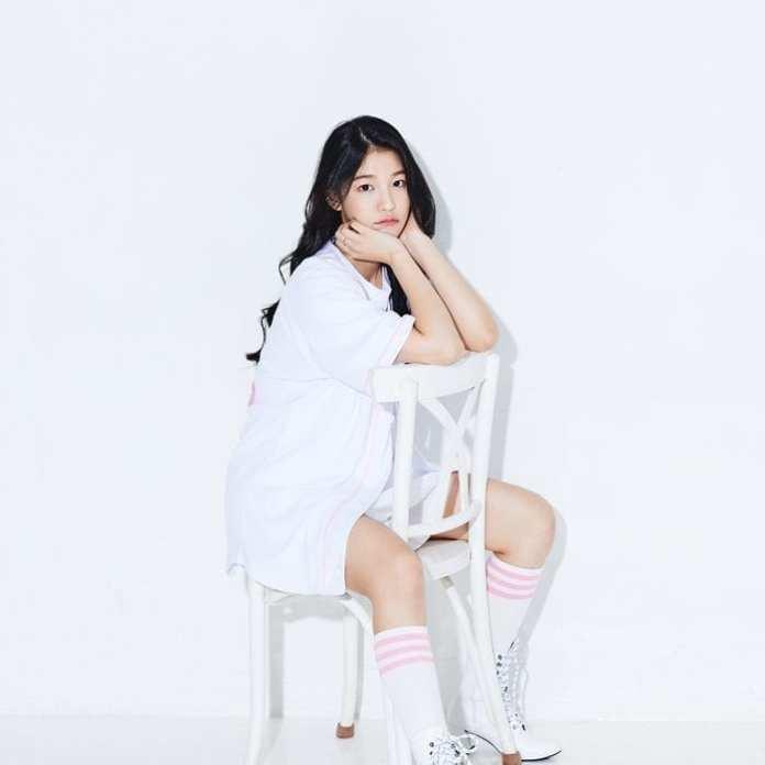 Thông tin ca sĩ HyeonjuAQUA