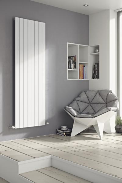Balts vertikālais radiators 1800x595 2