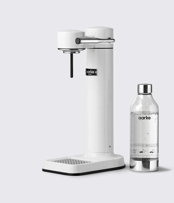 AARKE gāzētā ūdens pagatavošanas aparāts. 1